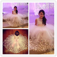 Wholesale flora dress girl for sale - Group buy Tulle Sheer Back Flower Girl Dresses For Wedding Big Bow Sleeveless Girls Pageant Gowns Flora Appliques Baby Birthday Party Dress