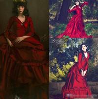 victoria tafta elbisesi toptan satış-Vintage Mina Dracula Victoria Telaşı Durum Gelinlik 2019 Cadılar Bayramı Gotik ruffles tren artı boyutu Resmi Tafta Abiye