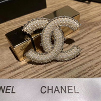 Wholesale crystal brooch pins for sale - Group buy Hot Sale Fashionable Grace Ladies Brooch Metal Hollowed Out Rhinestone Brooches Zinc Alloy Pin Designers For Women Jewelry