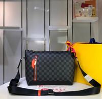 ingrosso borsa nera arancione designer-Nuovi uomini borse di lusso da donna di design in vera pelle scozzese nera con tracolla a zip arancio borsa a tracolla di marca di alta qualità 37x26x7cm
