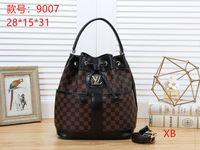 Wholesale bear tote for sale - Group buy Hot Brand Totes Clutch Bag Women Designer Handbag FashionTrend Leisure Bear Four Sets Handbags Crossbody Bags Shoulder Messenger Bags N006
