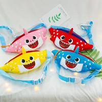 bolsas de hombro de lona lindo al por mayor-Bebé Tiburón Lindo Bolso de Cintura de Dibujos Animados Niños Niñas Un Bolso de Hombro Bolsa de Lona de Kindergarten Niños Fanny Paquetes Monedero Con Cremallera Nuevo A326010