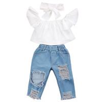 kot pantolon kız pantolon toptan satış-Bebek kız çocuk giysileri Set Uçan kollu Beyaz üst + Yırtık Kot Denim pantolon + yaylar Kafa 3 adet setleri Çocuklar Giysi Tasarımcısı Kızlar EJY352