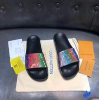 bolsas de zapatillas de fiesta al por mayor-2019 VENTA caliente Para Hombre Lujo Rivoli Diseñador Zapatillas Sandalias de cuero marrones ocasionales de los hombres de la marca Zapatillas de deporte de moda Zapatillas con bolsa para el polvo