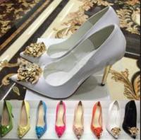 sapatos de meninas de patentes negras venda por atacado-Nerw Moda Primavera Outono Sapato de bico fino meninas ouro Cabeça Salto Alto Preto Branco Couro Patentes Ladies Dress Shoes Mulheres Bombas Femal