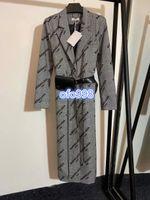 vestido estampado venda por atacado-coat topos carta Full-length da mulher high-end impressão com couro pequena gola cinto saco de moda feminina casaco vestido de mangas compridas