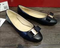 kravat yastıkları toptan satış-Ücretsiz nakliye Yeni Kadınlar Flats Marka Gerçek Deri Balerin ayakkabıları Kadın Bow Tie Tasarımcı Flats Bayanlar Zapatos Mujer Sapato Feminino