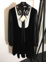 arc à broder achat en gros de-Designer 2019 Noir Arc Collier Paillettes Perles Cristaux Femmes Robe Milan Piste Broderie Velvet Vestidos De Festa 201903