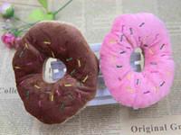 evcil hayvan çekmek için oyuncaklar toptan satış-Donut Yumuşak Oyuncaklar Üç Renk Isteğe Bağlı Krem Donut Güzel Pet Köpek Yavru Kedi Römorkör Squeaker Cızırtılı Ses Oyuncak Chew Çığlık Oyuncaklar