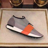 sapatos casuais venda por atacado-Balenciaga Novos Sapatos de Grife Mens Sapatos Casuais 2019 Nova Moda Barata Apartamentos Corredores Racer Sapatos De Luxo Das Mulheres