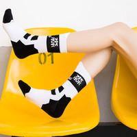 Wholesale skate socks fashion online – funny Fashion Men Women Cycling Socks Sports Skateboard Roller Skating Basketball Comfortable Cotton Towel Socks Health For Foot