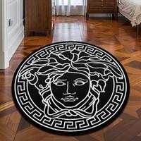 banyo zemini halı toptan satış-Yeni Marka Logo Medusa Desen Halı Sıcak Satış Kaymaz Halı Siyah Ev Dekor Paspas Mutfak Banyo Salon Zemin Mat Ev Gereçleri