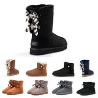 schwarze blaue blumen großhandel-Blumen-Rosette WGG Bowtie Damenmode Ankle Boots Australia Classic Black Grau Chestnut Marine-Blau-Frauen-Mädchen-Schnee-Aufladungen EUR 36-41