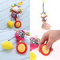 ingrosso passeggino per baby doll-Cute Baby Toys Passeggino Culla Hanging Doll Toy con clip Morbido peluche Cartoon Animal Butterfly Elephant Caro Baby Rattle Cattura bambola giocattolo