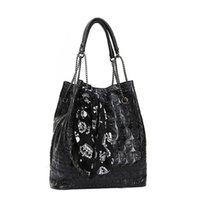 iskelet çantaları toptan satış-Kadınlar Çanta Kafatası İskeleti Zinciri Lüks Hangbag Lady Vintage Bez Omuz Kepçe Kompozit Çantası mochila Mujer # T3G