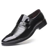spitzen männer schuh großhandel-The New Oxfords Frühling Herbst Männer Formale Hochzeitsschuhe Männer Business Kleid Schuhe Männer Müßiggänger Spitze Schuhe