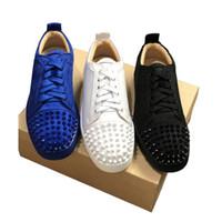 ingrosso scarpe colorate solide-2019 Fashion Designer scarpe inferiori rosse scarpe da ginnastica con borchie Spikes appartamento in donne degli uomini di scintillio parte gli amanti della vera pelle rivetto casuale della scarpa da tennis