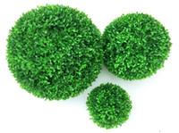 plantas plásticas artificiales al por mayor-1 unid Bola de planta artificial verde Topiario Árbol Boj Fiesta de bodas Inicio Decoración al aire libre Plantas Bola de hierba de plástico Verde artificial