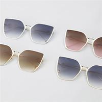 ingrosso gli occhiali da sole di disegno della farfalla-Occhiali da sole da donna di lusso Occhiali da sole firmati Occhiali da sole stile cat ear Occhiali da sole per donna Design estivo in vetro UV400 Design a farfalla opzionale