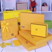 saco de fita amarela venda por atacado-Pesonality Bow Fitas Caixa de Decoração de Moda F Projeto Amarelo Bolsas Ao Ar Livre Portátil Marca Sacos de Camisas Conjuntos