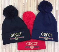 хип-хоп мода пары оптовых-Пары шляпа горячие продажи маски шапки мода зима весна спортивные шапочки случайные Skullies бренд трикотажные хип-хоп шляпы
