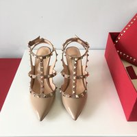 sexy sandalen mit hohen absätzen großhandel-Hot Designer Sandalen Frauen High Heels Abendgesellschaft Mode Nieten Mädchen Sexy Spitzschuhe Tanz Hochzeit Schuhe Doppel Riemen Sandalen