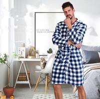camisón hombre ropa de dormir al por mayor-7 colores Unisex sueltos Buffalo Plaid batas de baño de franela suave vestido de manga larga camisón cálido invierno túnicas ropa de dormir de los hombres CCA11650 10 unids