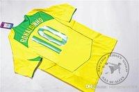 freies verschiffen für brasilien großhandel-Versandkostenfrei brasilien 2004 ronaldinho 10 kaka 8 ronaldo 9 adriano 9 r.carlos 6 robinho 7 old soccer jersey