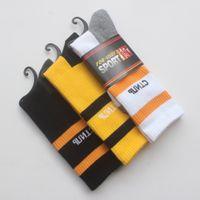 uzun çorap erkek toptan satış-Ücretsiz Kargo Marka Logo Spor Çorap Erkekler Ve Kadınlar Pamuk Açık Havada Uzun Çorap Sıcak Satış Şerit Çorap