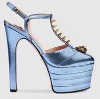 sapatos de plataforma listrada vermelha venda por atacado-Moda runway Mulheres Listrado Metálico Sapatos de Salto Alto Bombas Plataforma Gladiator Sandálias Sapatos de Casamento de Baile Vermelho Azul Preto Ouro plus size 43