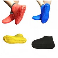 cubiertas de zapatos al aire libre al por mayor-Cubierta impermeable del zapato de silicona Fit Rainy Season antideslizante zapatos a prueba de lluvia Cubre zapatillas al aire libre Mulit Color 7 5pd E1