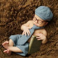 новорожденные фотографии ребенка мальчик оптовых-Baby Boy Фото Костюмы Одежда Новорожденных Bebe Картинки Одежда Шляпа + брюки + галстук + Очки 4шт. Набор Oufits Ретро Q190521