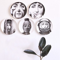 Wholesale print hanging for sale - Group buy Retro Home Wall Decoration Hanging Round Ceramics Printed Portrait Plates Durable Coffee Shop Home Wall Decor Inch Plates DH0728 T03