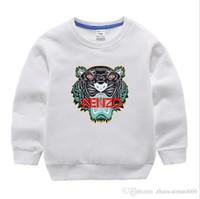 klasik takım elbise yeni toptan satış-Yeni klasik Lüks Tasarımcı 2-12 yıl Bebek t-shirt ceket jacekt hoodle kazak olde Suit Çocuk Çocuk Pamuk Giyim Setleri KAZAK o
