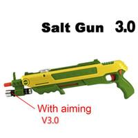airsoft silahları toptan satış-12 tipi Sıcak Hediye Bug Bir Tuz Fly Gun Tuz ve Biber Mermi Blaster Airsoft Bug Üfleme Tabancası Sivrisinek Modeli Oyuncak için açık Tuz Tabancası