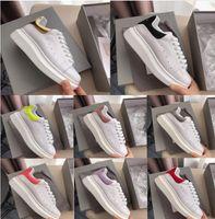 en iyi parti ayakkabıları toptan satış-Ucuz Tasarımcı Erkekler Rahat Ayakkabılar ayakkabı Ucuz En Yüksek Kalite Bayan Moda Sneakers Parti Platformu Kadife Chaussures ...