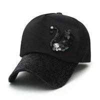 chapéus de lantejoulas pretas venda por atacado-Boné de beisebol Primavera e Verão de brilho das mulheres com logotipo Swan brilhante sequin Rhinestone Curvo viseira Snapback Hat Luxo Preto