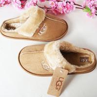 new slippers for winter 도매-새로운 도착 2019 여성 슬라이드 겨울 Luxurys 디자이너 실내 모피 브랜드 따뜻한 샌들 슬리퍼 하우스 플립이 35 ~ 44 퍼 여자