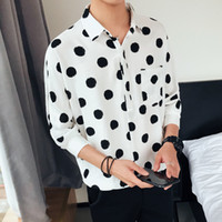 korea männerhemd großhandel-Neue Modell Shirts Polka Dot Printed Shirt Männer Umlegekragen Männer Kurzarm Hemd Herren Korea Hawaiian Lose