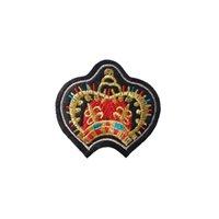 eisen gekrönt großhandel-Stickerei Patch Crown Form Eisen-Patch Tuch Zurück gum appliques T-Shirt Jeansjacke racksack Nähen dekorative Accessoires DL_CPIC002