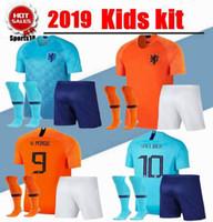 uniforme al por mayor-2019 kit para niños Países Bajos niño con calcetines Uniformes ROBBEN VIRGIL DOST Conjuntos de fútbol para niños MEMPHIS Top juvenil de fútbol holandés