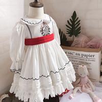 elbise çocuk giyim nakış toptan satış-Çiçek Tavşan Nakış% 100 pamuk Nefis Uzun Kollu Prenses elbiseler ile İspanya Tasarım kız giyim Elbise Çocuklar Pet Pan Yaka