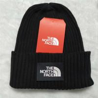 kadın için örme kapaklar toptan satış-Marka Kış Örme Kafatası Beanie Hat Caps Man Kadınlar C101801 için Kuzey Trendy Kayak Cap Yüz Katı Renk Tığ Gorro Sonbahar Casual Şapkalar