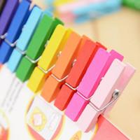 35mm fotoğraflar toptan satış-Mini Bahar Klipler Clothespins Asılı Giysi Kağıt Için 35mm Renkli Ahşap El Sanatları Kazıklar Fotoğraf Mesaj Kartları Karışık Renkli Ahşap Clothespin