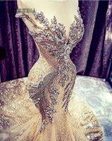 frisado modesto vestidos de baile venda por atacado-2K19 Ouro Vestidos de Baile Sereia Vestidos de Noite Africano Sheer Jewel Frisado Backless Modest Festa Formal Ocasião Especial Vestido