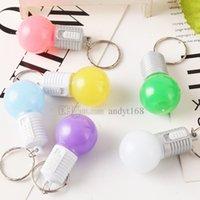 ampul anahtar zincirleri toptan satış-Yeni 2 stil Ampul anahtarlık LED anahtarlık, şenlikli dekoratif ışıklar paketi kolye Promosyon hediyeler T2C5034