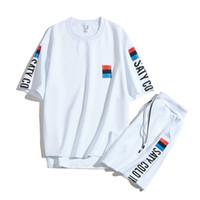 eşofman yaz erkek toptan satış-Erkek Moda Eşofman Mektuplar Baskı Yaz Erkekler için Spor Kısa Kollu Kazak Casual Jogging Yapan Pantolon O-Boyun Sportsuit Suits