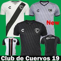 Tailandia Nuevo 2019 2020 Netflix Club de Cuervos Charly Black Soccer  Jerseys 19 20 México Liga Mx Club Cuervos fuera de casa Camisetas de fútbol 4bf424497d3d2