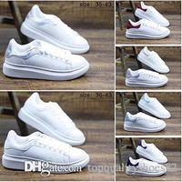 zapatos de boda de cuero amarillo al por mayor-Diseñador casual para mujeres hombres zapatillas de deporte de cuero blanco plataforma plana informal de la boda zapatos de moda zapatillas de deporte de diseño tamaño 36-40
