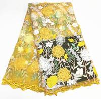 vestidos de red suave al por mayor-2019 telas de encaje francés amarillo de alta calidad de encaje neto neto con suaves flores 3D Nigeria vestido de boda de malla de tul